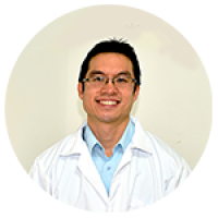 Dr. Ángel Chuy Segmento Anterior y Catarata